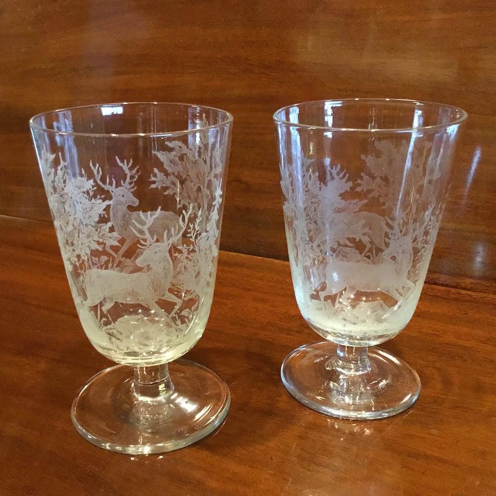 Glas med hjorte