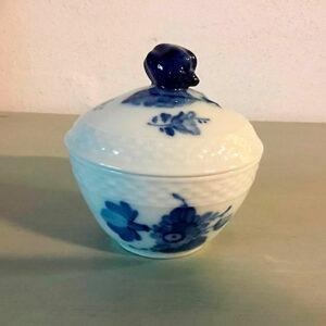 Royal Copenhagen blå blomst sukkerskål nr. 8081