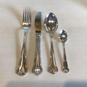 Herregaard Spisebestik i sølv til 12 personer