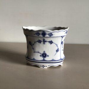 Royal Copenhagen Musselmalet riflet Vase / Bæger nr. 264